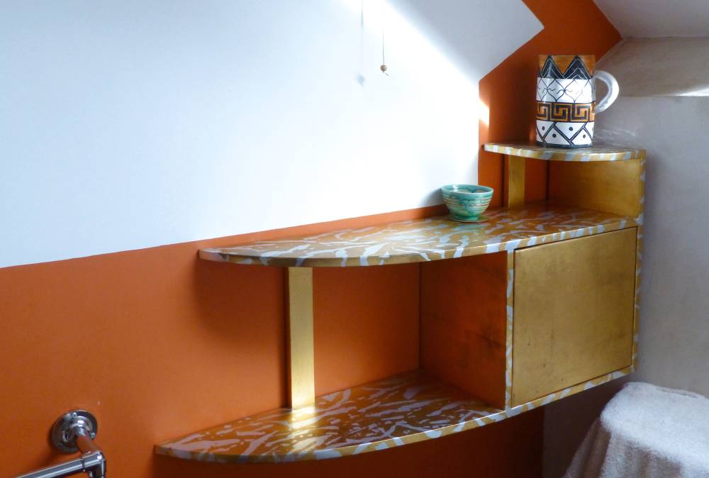 Gilded Shelf in Silver and Gold